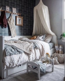 Inexpensive Easter Bedroom Interior Design Ideas That You Need To Know 04