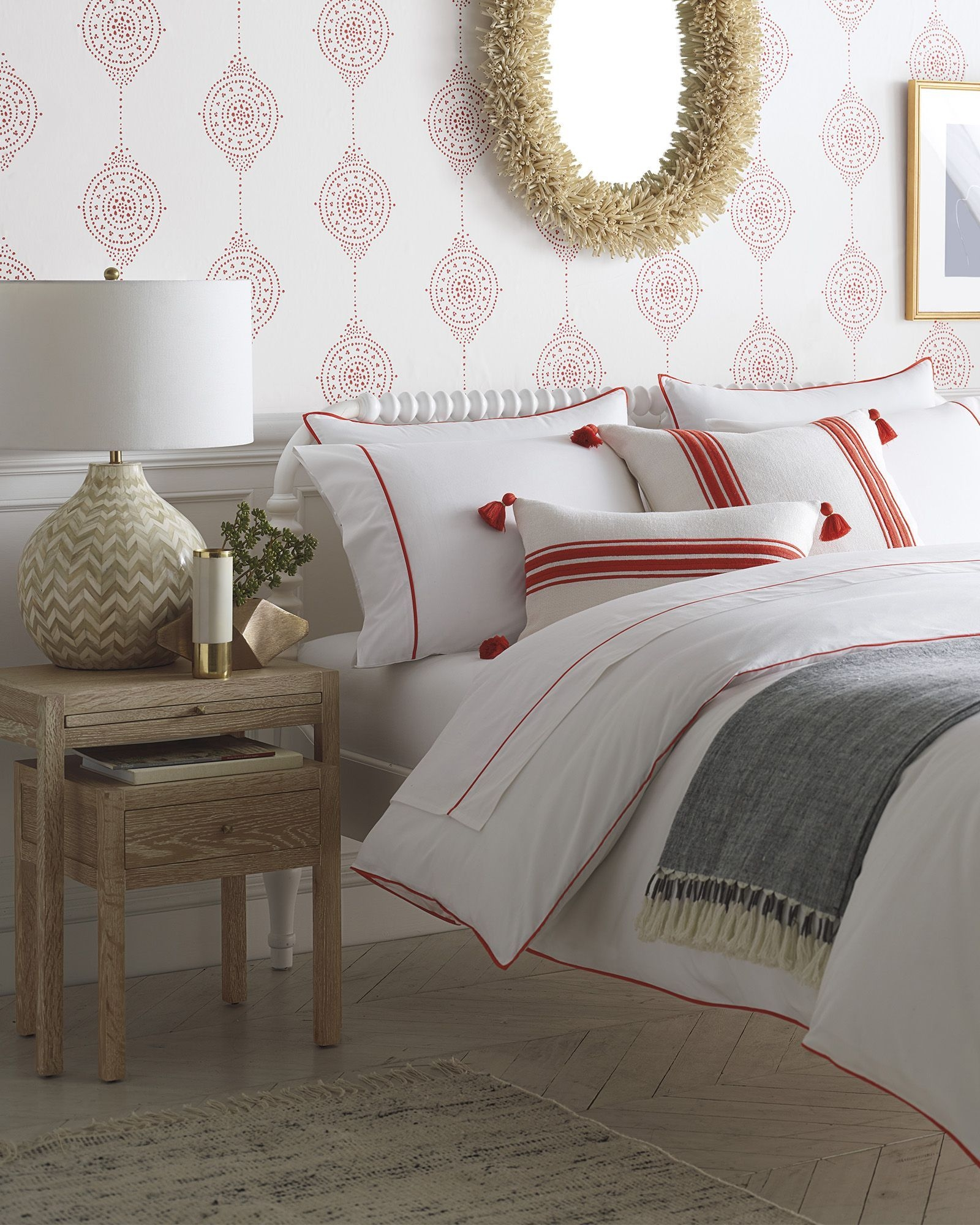 Inexpensive Easter Bedroom Interior Design Ideas That You Need To Know 12
