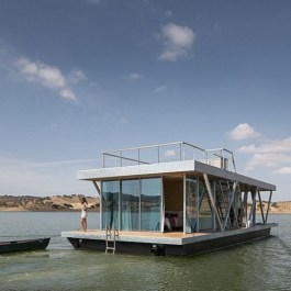 Magnificient Houseboat Design Ideas With Imaginative Dream 37