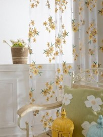 Stunning Bedroom Decoration Ideas With Flower Curtain To Try Right Now 30