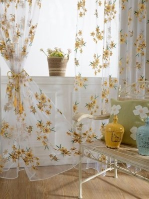 Stunning Bedroom Decoration Ideas With Flower Curtain To Try Right Now 33