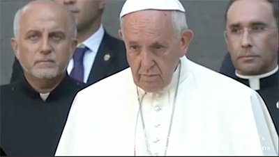 pope Emotional moments