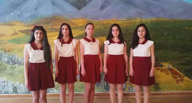 Armenian girls team stuns Google experts with sign language app