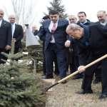 Lebanon president visits Armenian Genocide Memorial in Yerevan