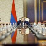 Nikol Pashinyan conveys consultation with representatives of financial-economic block