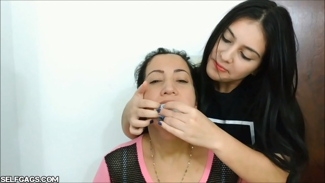 Milf sock gagged by daughter