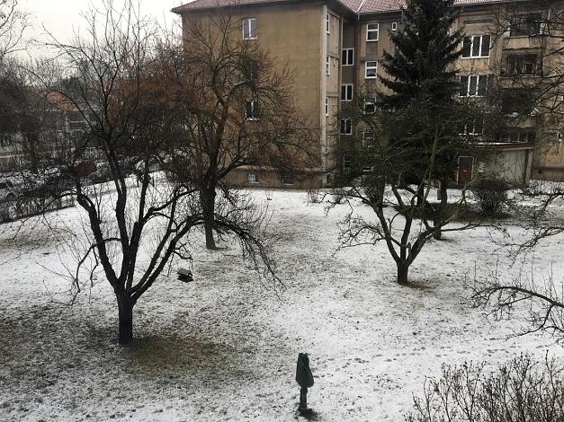 A doma sníh :-)