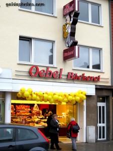 Köln Rodenkirchen Einkaufen am Maternusplatz