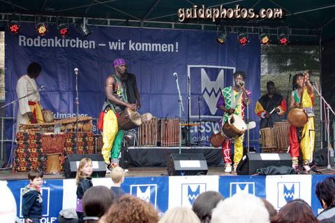 Strassenfest + verkaufsoffener Sonntag 20.06.2010: Mama Afrika