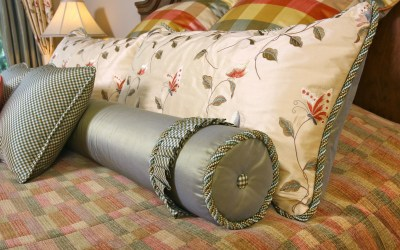Ten useful tips for designing a romantic master bed room