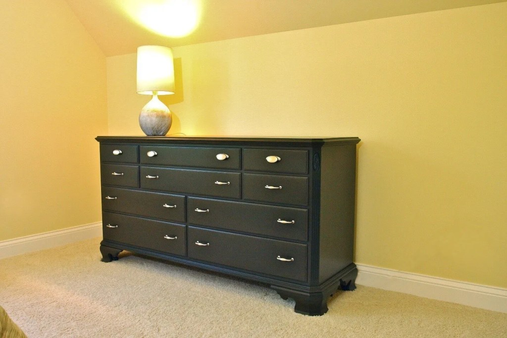 an old chest of drawers gets a facelift!