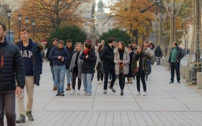 Top 3 Business Benefits of Walking