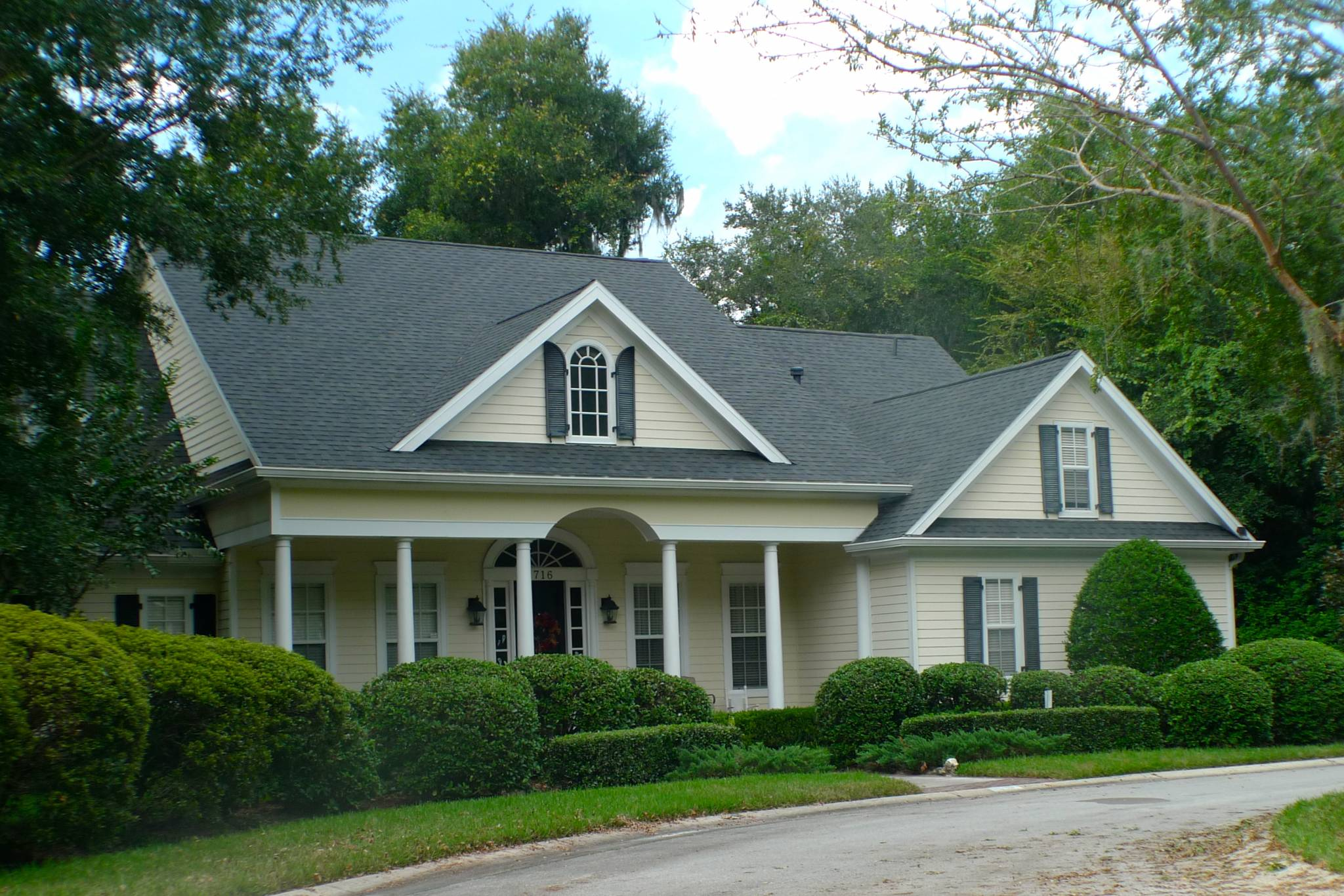Haile plantation home owners association.