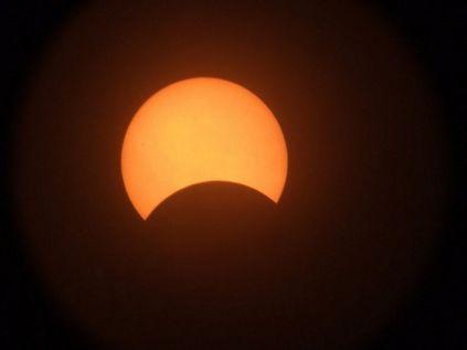 Foto scattata durante un eclisse paziale di sole