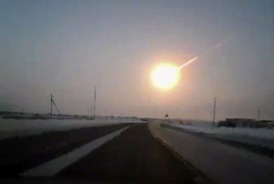 Il meteorite di Chelyabinsk ripreso mentre esplode in aria