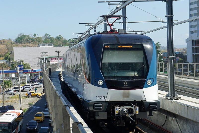 パナマ、メトロ2号線を2019年1月...