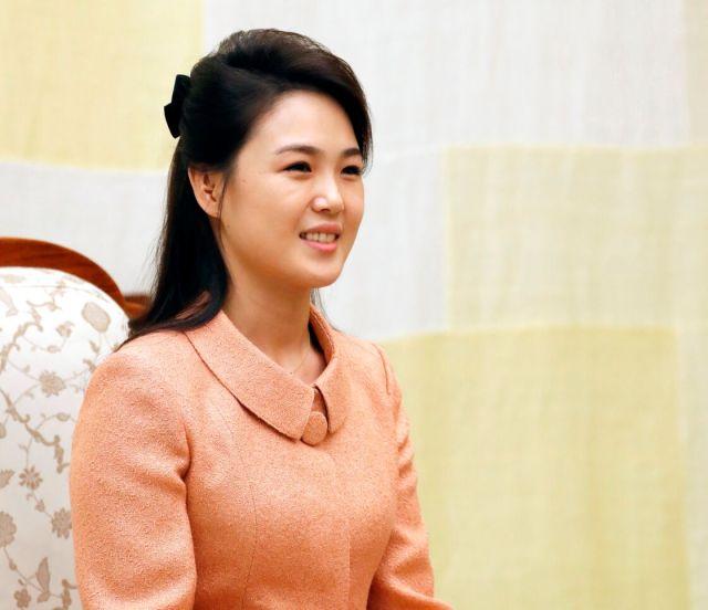 Kim Jong-un: sa femme devenue la cible des caricatures dégoûtantes