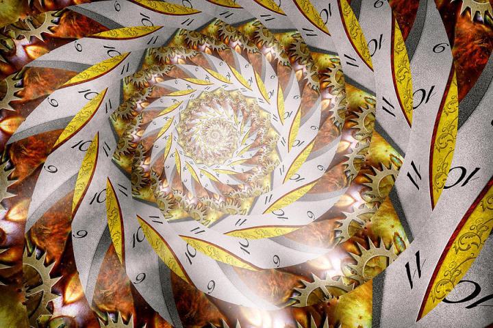 steampunk--spiral--time-iris-mike-savad
