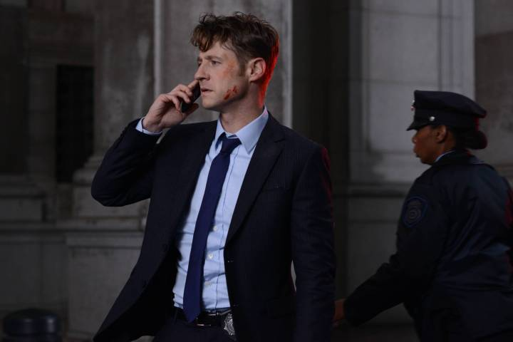 Gotham-2x09-A-Bitter-Pill-to-Swallow-7