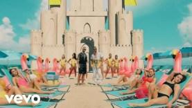 Maluma ft. Ricky Martin – No Se Me Quita (Official Video)