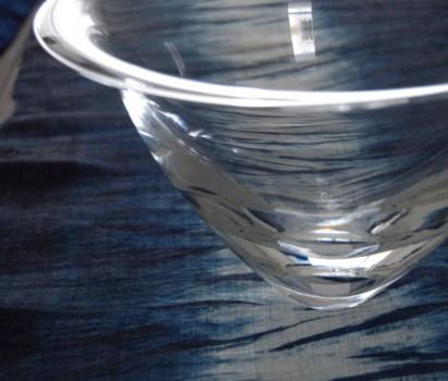 ガラスと藍