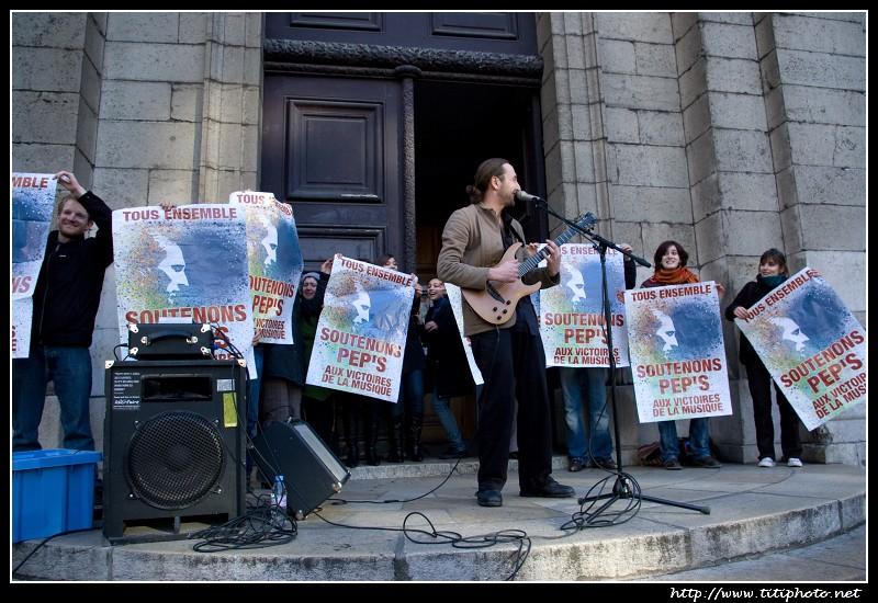 Pep's Liberta flash mob, soutien aux victoires de la musique