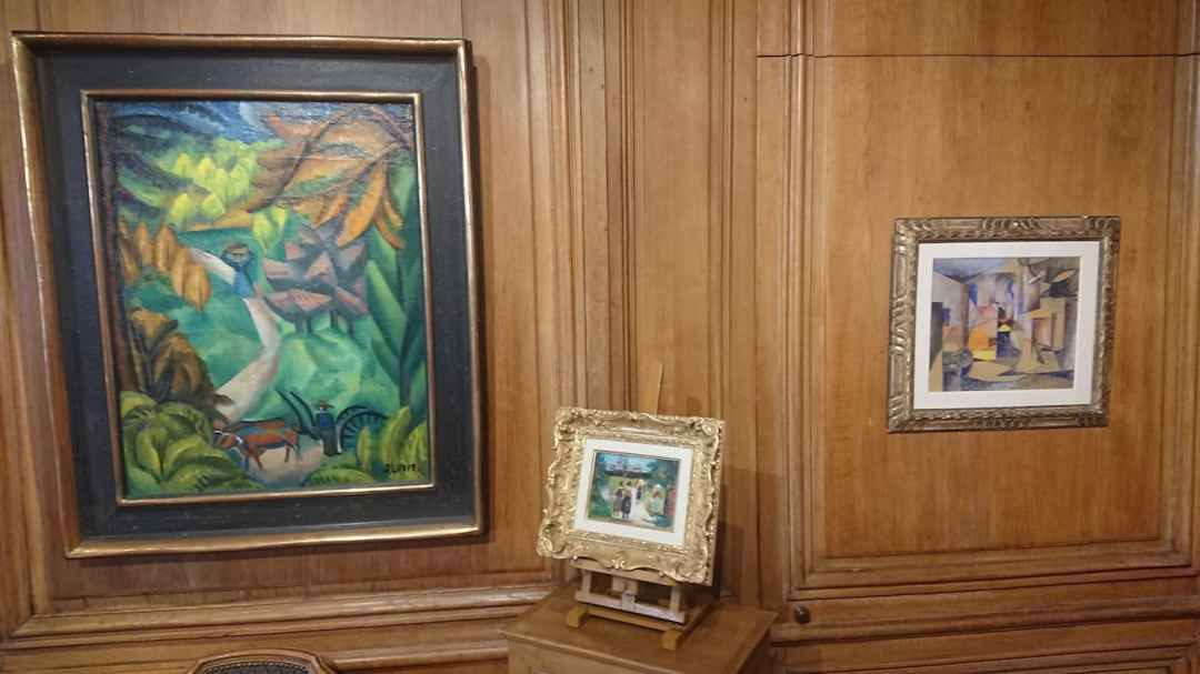 3. André LHOTE   80,5 x 61,4 cm - Maurice UTRILLO   13 x 18,1 cm - Albert GLEIZES   30,4 x 35 cm