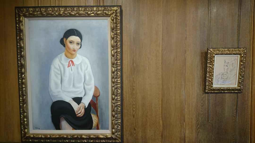 6. Moïse KISSLING   92,5 x 65 cm - Tsugouharu FOUJITA   23 cm x 17 cm