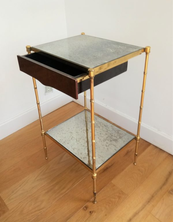 table de chevet en laiton dore et verre eglomise dans le gout de jansen ou de bagues 1960 vintage