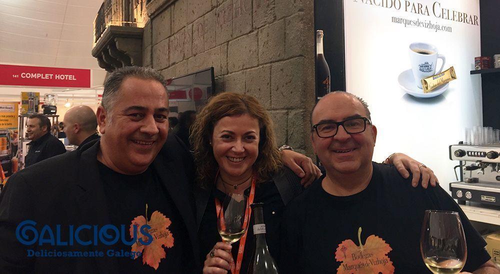 Con Jorge Pelaez y Oscar de Toro en Marques de Vizhoja ( Forum Gastronomic ))