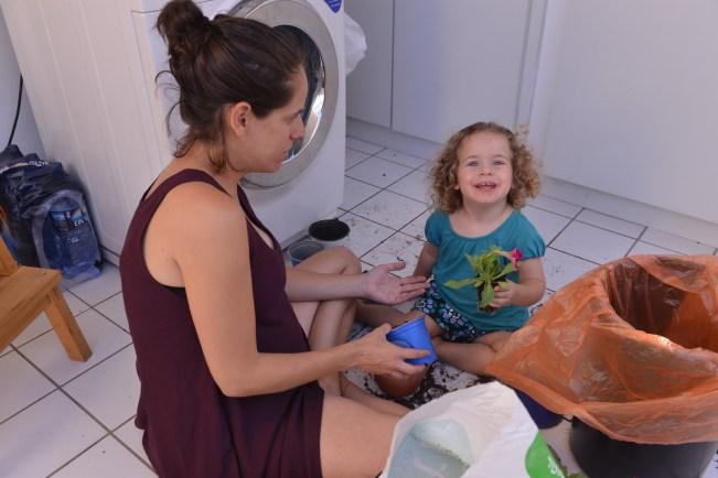 ספטמבר 12. עלמה בת שנתיים תמר בת מינוס 3 חודשים