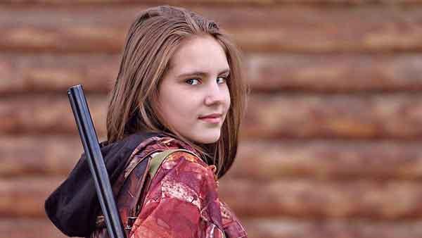 firearm-girl-600