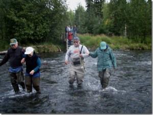 walking with salmon816[2]