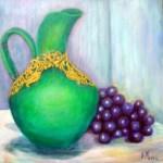 grøn vase og druer