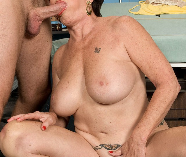 More Mature Models Free Galleries