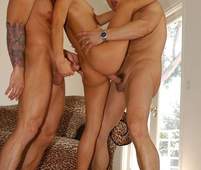Anuska Naked Hot Sexy Images