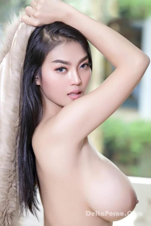 Asian Big Tits busty model Faii Orapun