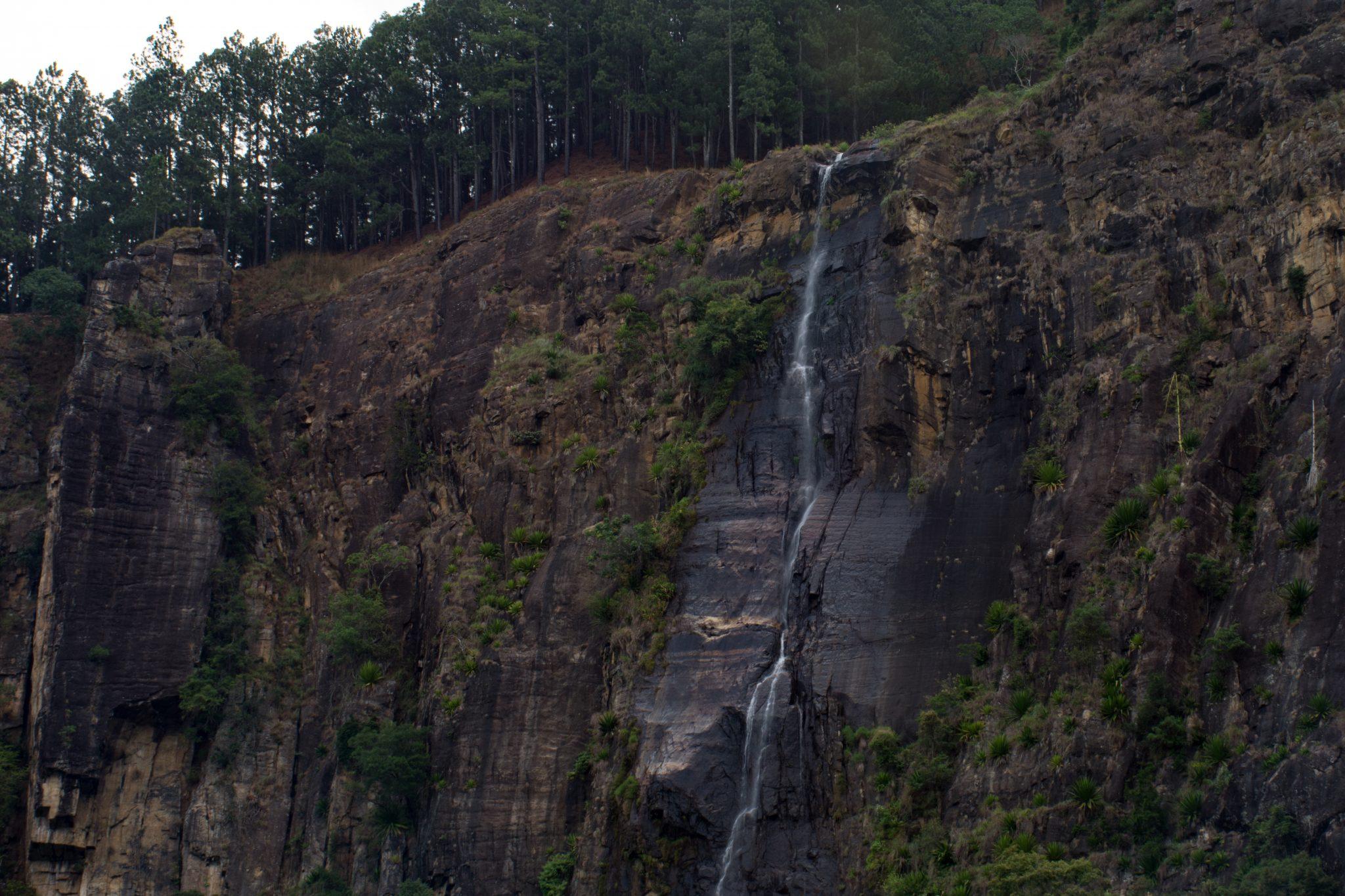 View of Bambarakanda Falls from road