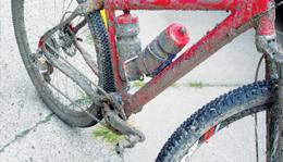 Mud on Iceman bike