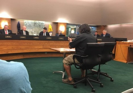 Shaun Bhajan speaks at Livingston County Board of Commissioners meeting