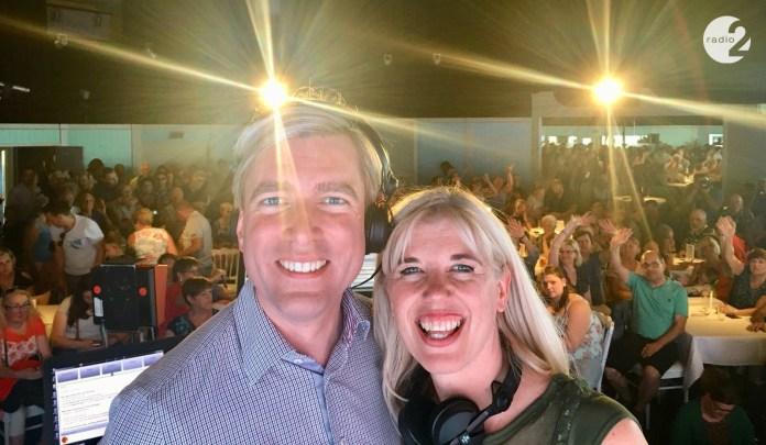 'Showbizz' Bart Verbeeck en Vanessa Vanhove (Radio 2)