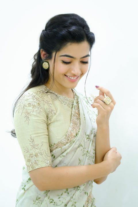 Rashmika Mandanna Looking Damn Gorgeous In Saree