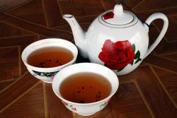 Teapot at a roadside cafe