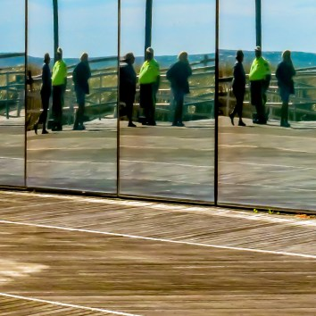 mirrored-windows-atlantic-city-boardwalk
