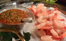 shrimp remoulade served close