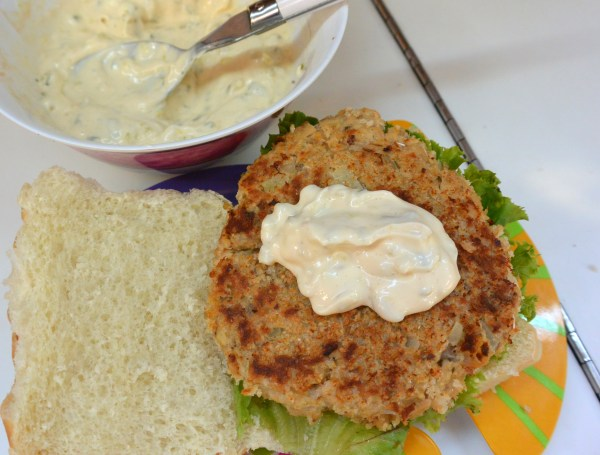 salmon patty with tartar sauce