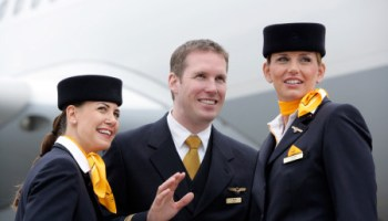 lufthansa looking for flight attendants to be based in munich germany bilingual flight attendant jobs