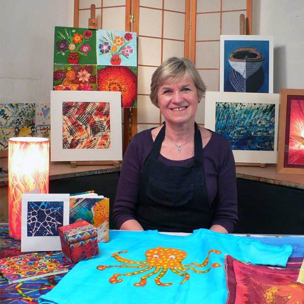 Image of Rosi Robison with paper and fabric batik projects - from Batik Workshop - Fun with Paper & Fabric featuring Rosi Robinson