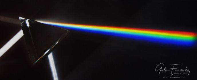 Prisma - dispersión de la luz - Formación de los Colores