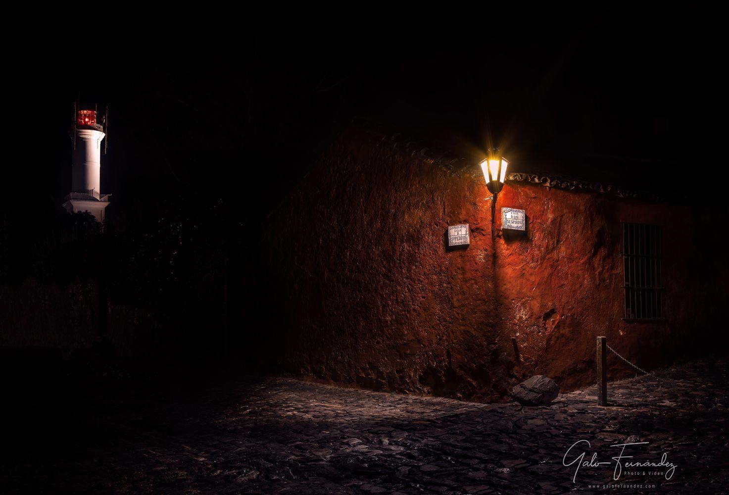 Esquina de San Pedro y de los Suspiros, Barrio Histórico - UY